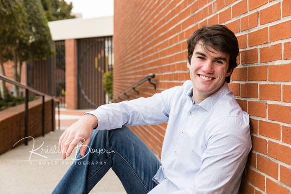 Senior Portraits outside on the St. Pius High School Campus