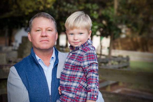 Outdoor family photos in Dunwoody Georgia for Fall Portraits and Christmas Theme