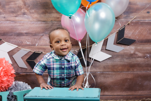 Studio Photos For A First Birthday Boy One Year Old Cake Smash