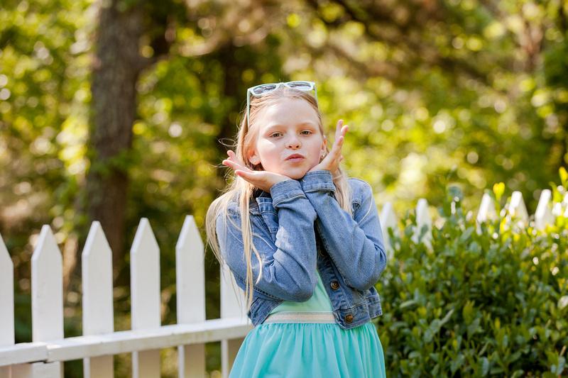 Outdoor photos for family of 5 lifestyle photos