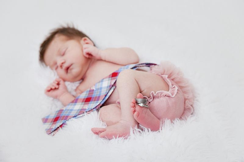 studio newborn photos of 8 day old baby girl